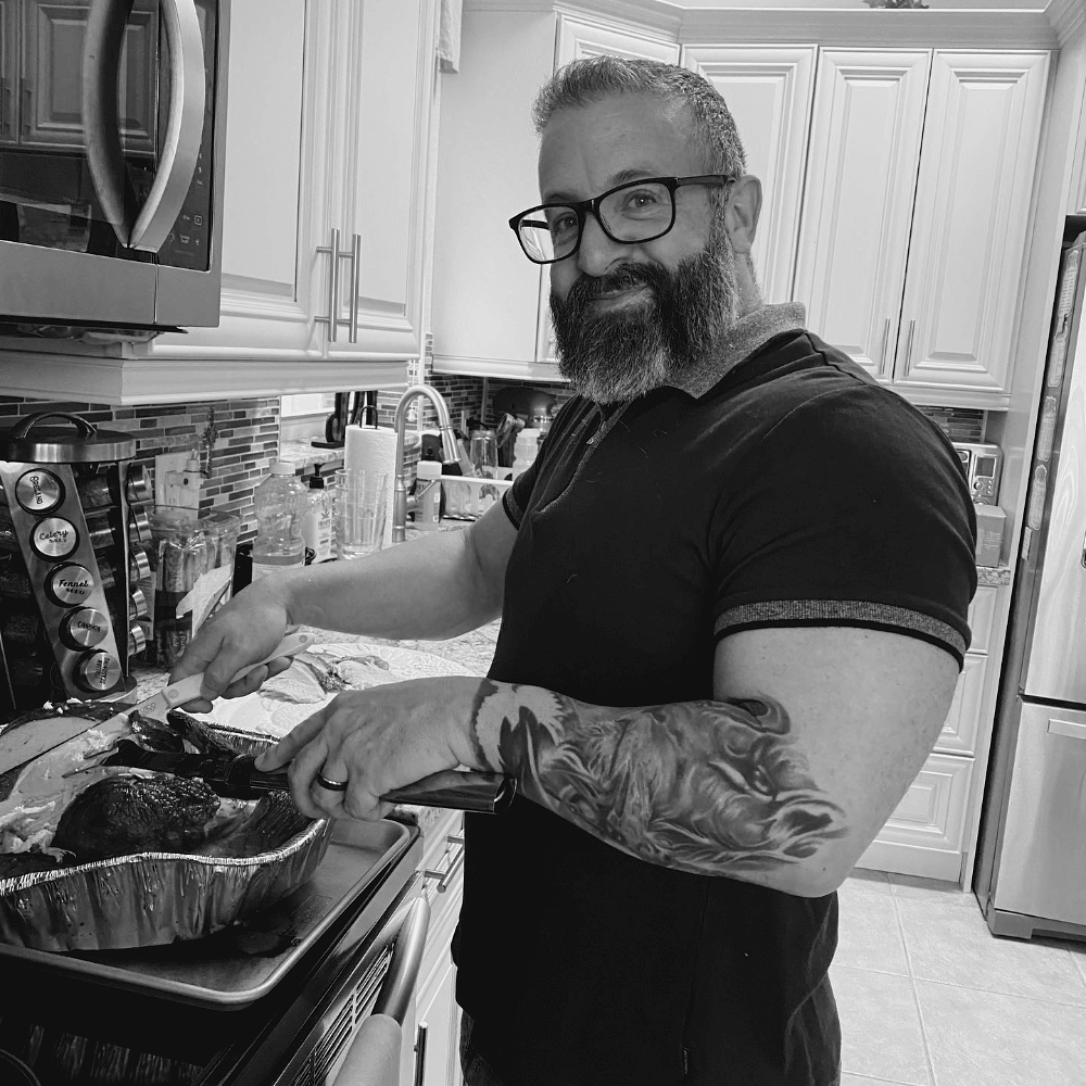 Picture of Todd Carving The Turkey 2020